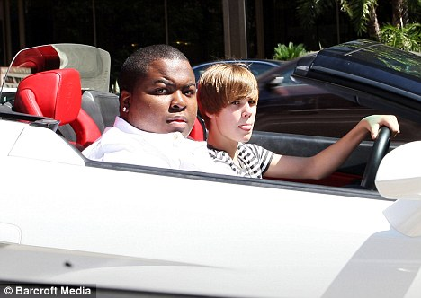 Justin Bieber Sean Kingston on Singer  Justin Bieber And Rapper  Sean Kingston A K A Ebony And Ivory