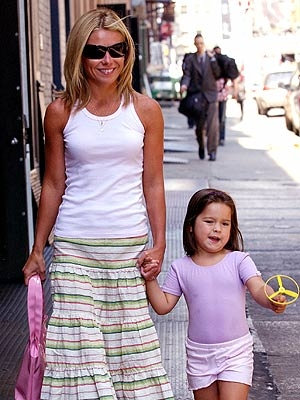 Kelly Ripa and her pretty daughter: CELEBRITY The Jolie-Pitts. Is it just me ...