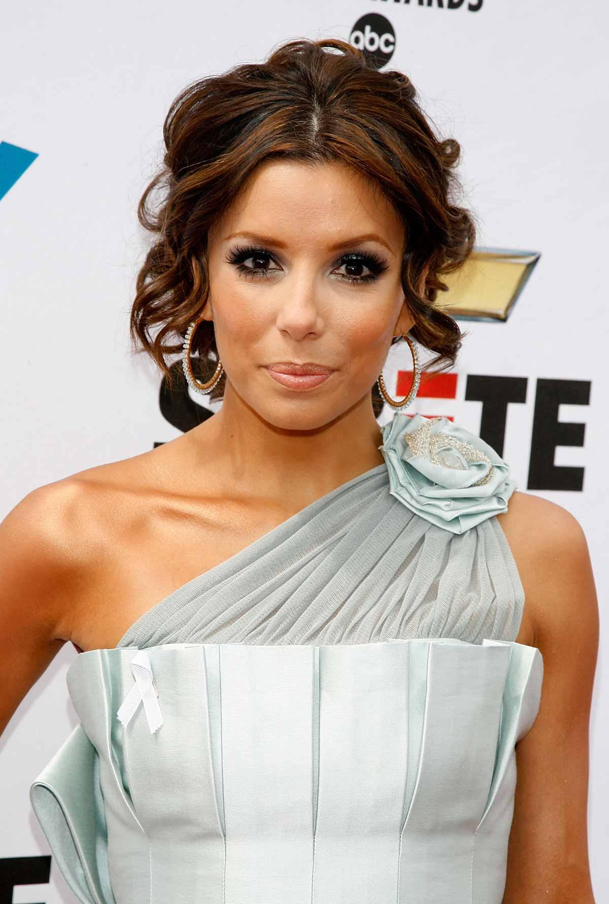 Eva Longoria  download wallpaper